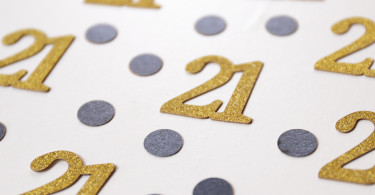21-years-birthday-Confetti-party-supplies-21st-party-gold-and-black-party-table-decor-age-confetti