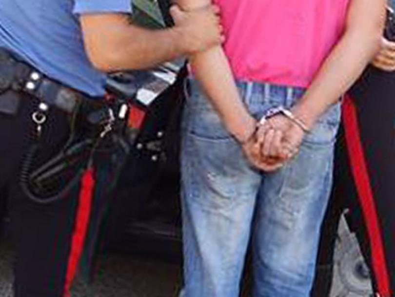 carabinieri_arresto_-manette_roma-2_original-2