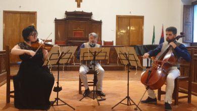 """Photo of Al castello Ducale di Torremaggiore:  """"Musica in Salotto tra Vienna, Milano e Napoli"""" . Il trio Lanzini dal vivo."""
