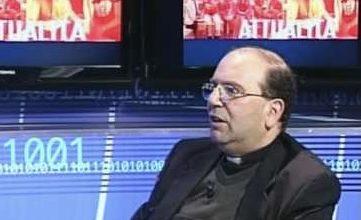 """Photo of Don Luca: accuse infamanti! """"ho agito secondo coscienza, sto celebrando messa"""""""