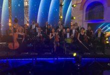 """Photo of L'Orchestra foggiana """"Suoni del Sud"""" di nuovo su Rai1 con Amadeus per """"Una serata di stelle per il Bambino Gesù""""."""