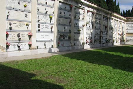 Photo of Sospensione dei lavori nel cimitero cittadino, in occasione della commemorazione dei defunti anno 2020