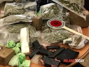Droga marijuana pistola polizia 7 (1)