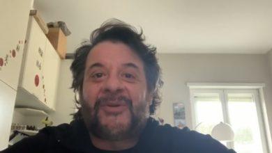 Photo of (video) A LILLO PIACE LA ZUPPETTA…ED HA ORIGINI SANSEVERESI: L'artista si racconta in un video.