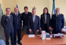 Photo of L'On. Carla Giuliano visita il Comando della Polizia Locale di San Severo