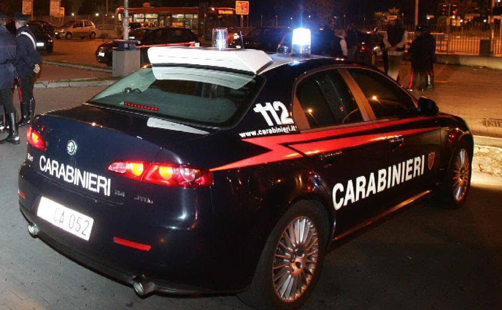 Photo of CERIGNOLA: AL VOLANTE SENZA PATENTE, DÀ FALSE GENERALITÀ AI CARABINIERI. ARRESTATO