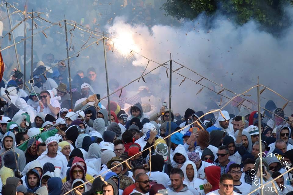 Photo of Festa del Soccorso: Avvertenze per i Fujenti delle batterie