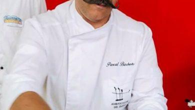 """Photo of Pascal Barbato, il dottore/panificatore sempre alla ricerca della qualità, becca i """"Due Pani"""" dal Gambero Rosso nella guida: """"Pane e Panettieri d'Italia""""."""