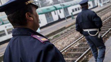 Photo of La Polizia di Stato denuncia un venticinquenne italiano per ricettazione di assegni nella Stazione Ferroviaria di Foggia.